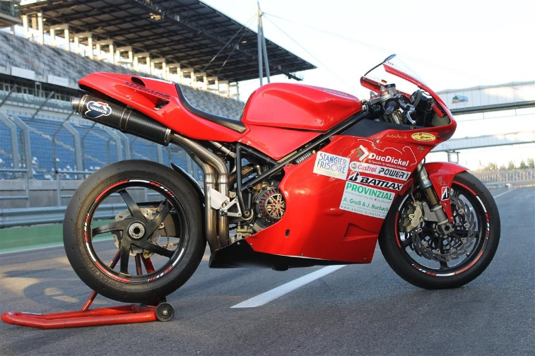 Die Waffe: Ducati 996 powered by DucDickel