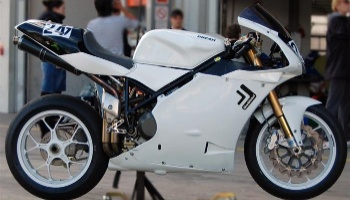 DucDickel - Ducati 996 Black & White Edition